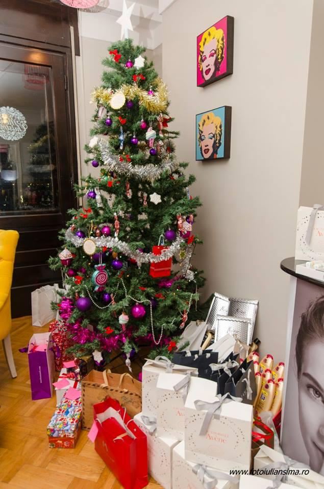 make up secret santa